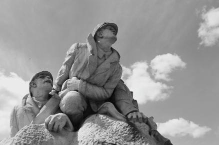 serge-philippe-lecourt-2016-monument-aux-morts-le-houlme-76-29