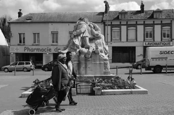 serge-philippe-lecourt-2016-monument-aux-morts-le-houlme-76-51