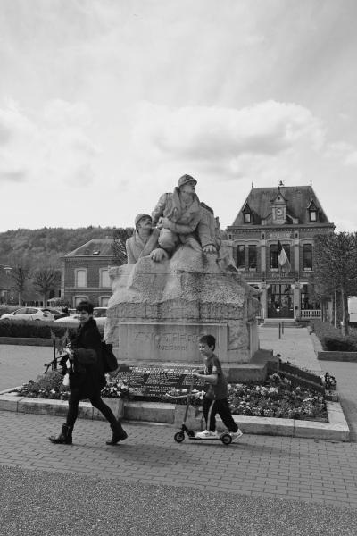 serge-philippe-lecourt-2016-monument-aux-morts-le-houlme-76-55
