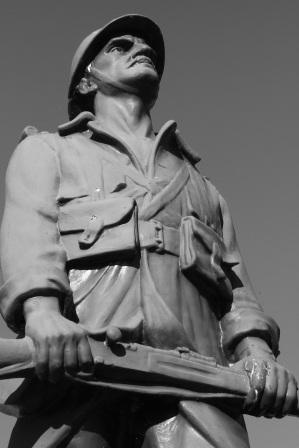 Serge-Philippe-Lecourt-2015-Monument-aux-morts-Blosville-50-66