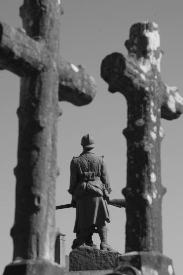 Serge-Philippe-Lecourt-2015-Monument-aux-morts-Blosville-50--