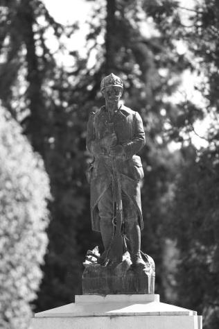 Serge-Philippe-Lecourt-2016-Monument-aux-morts-Nonancourt-27-1