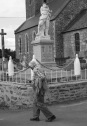 Serge-Philippe-Lecourt-2017-08-15-Monument-aux-morts-la-chapelle-uree-foire-aux-puces-50-60