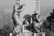 Serge-Philippe-Lecourt-2016-10-Vire-eglise-monument-aux-morts-42