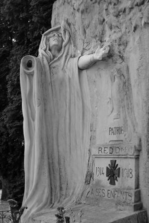 Serge-Philippe-Lecourt-201808-Monument-aux-morts-Redon-35-6