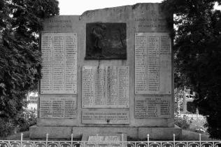 Serge-Philippe-Lecourt-201808-Monument-aux-morts-Redon-35-7